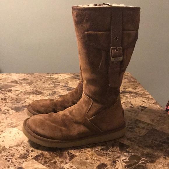 dcea4621d33 UGG Brown Retro Cargo Pocket Boots Size 9